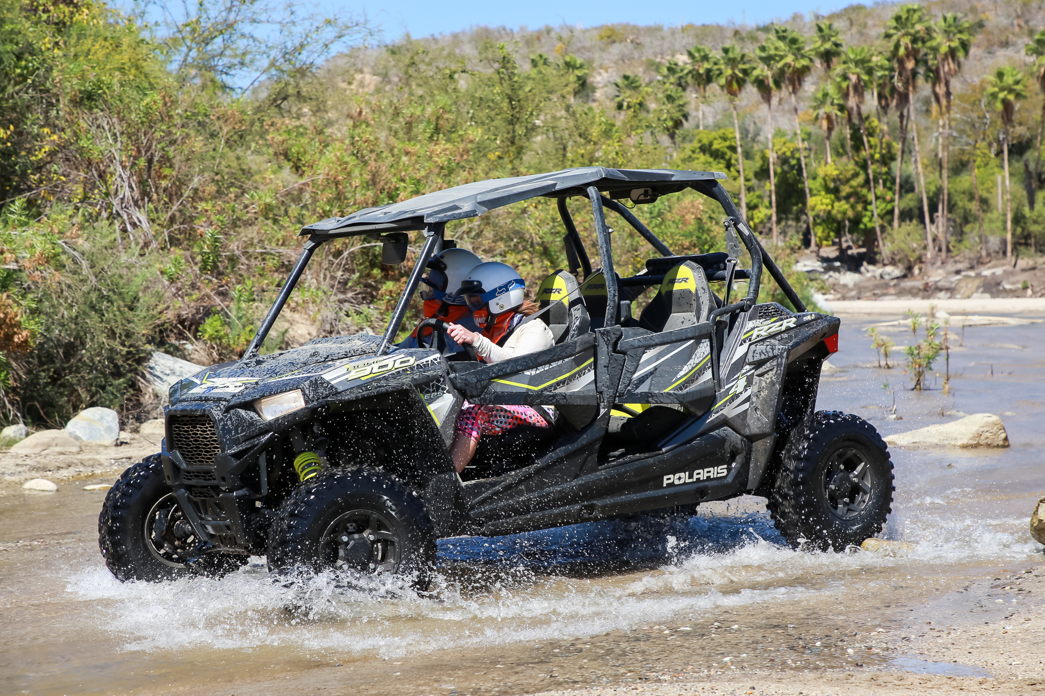 - When the group was talking about going on a Razor for an afternoon with Cabo Adventures, I was like YES! We have to do that!!!I didn't know what a Razor looks like but it sounded like driving crazy fast and dirt and I am all about that. The all-terrain ATV is made by Minnesota-based Polaris.