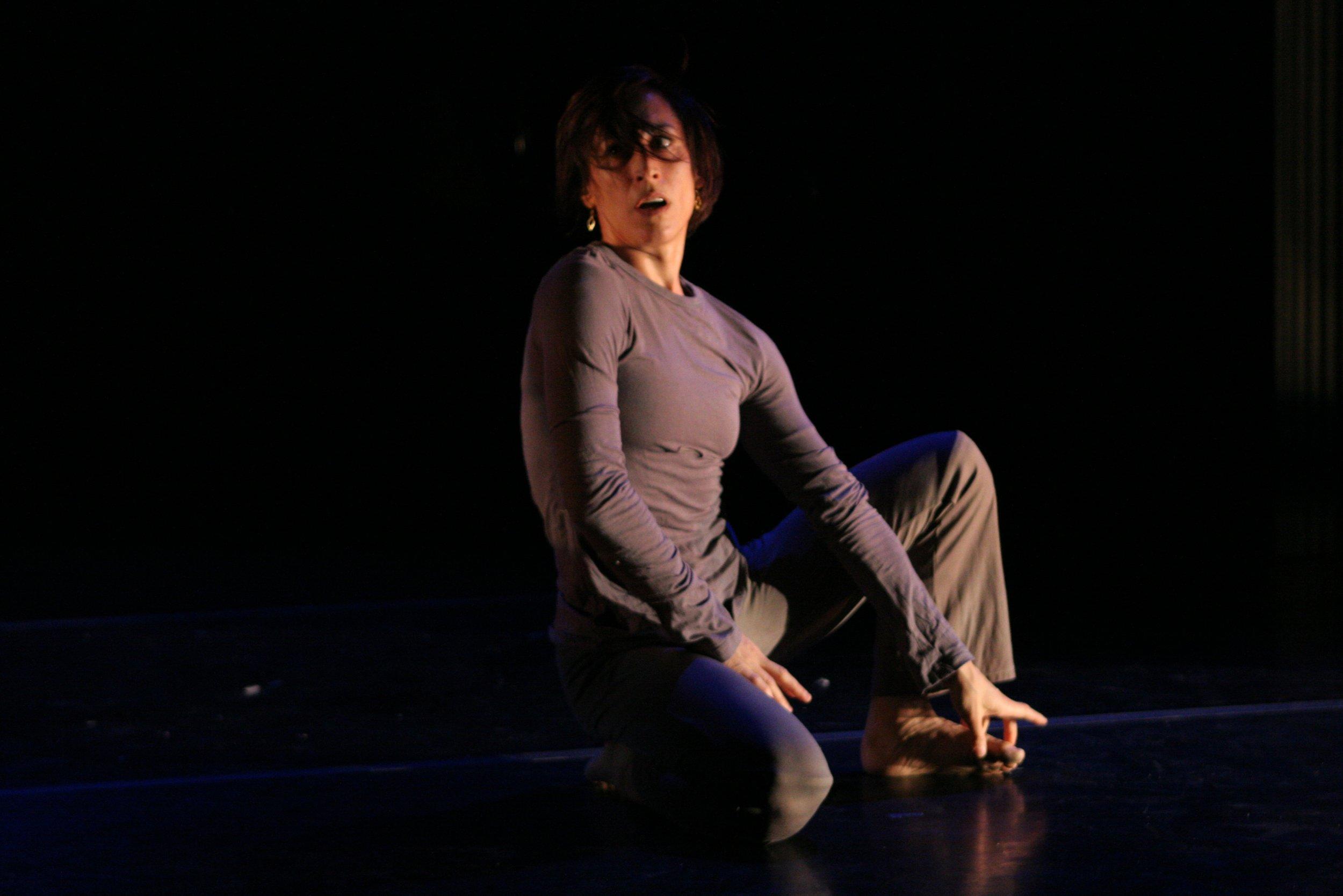 Amy Pivar Dances / Dance New Amsterdam, NYC /  Bone Needles  premiere, April 2006