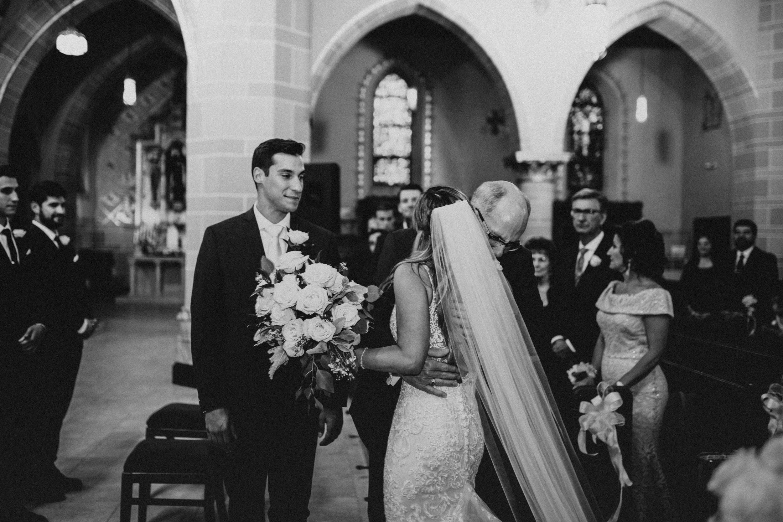 Mr+MrsSzandzik_Wedding_234.jpg