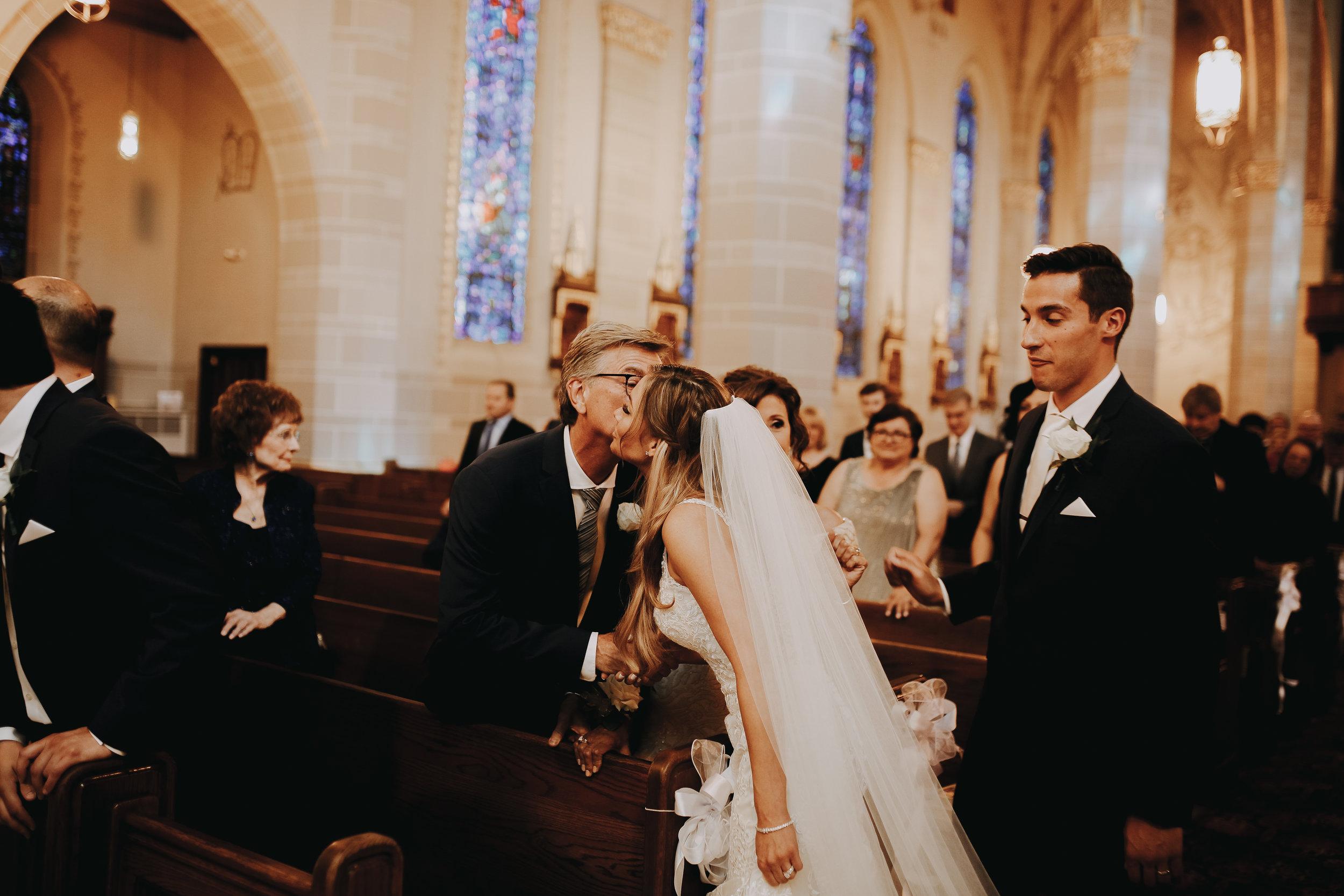 Mr+MrsSzandzik_Wedding_277.jpg