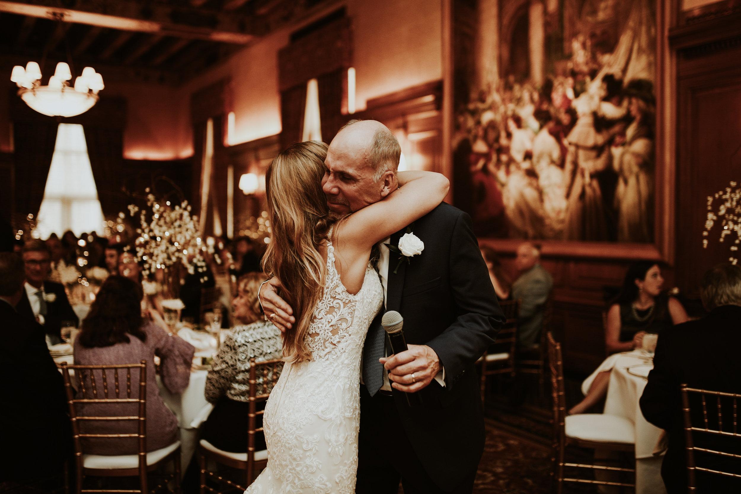 Mr+MrsSzandzik_Wedding_672.jpg
