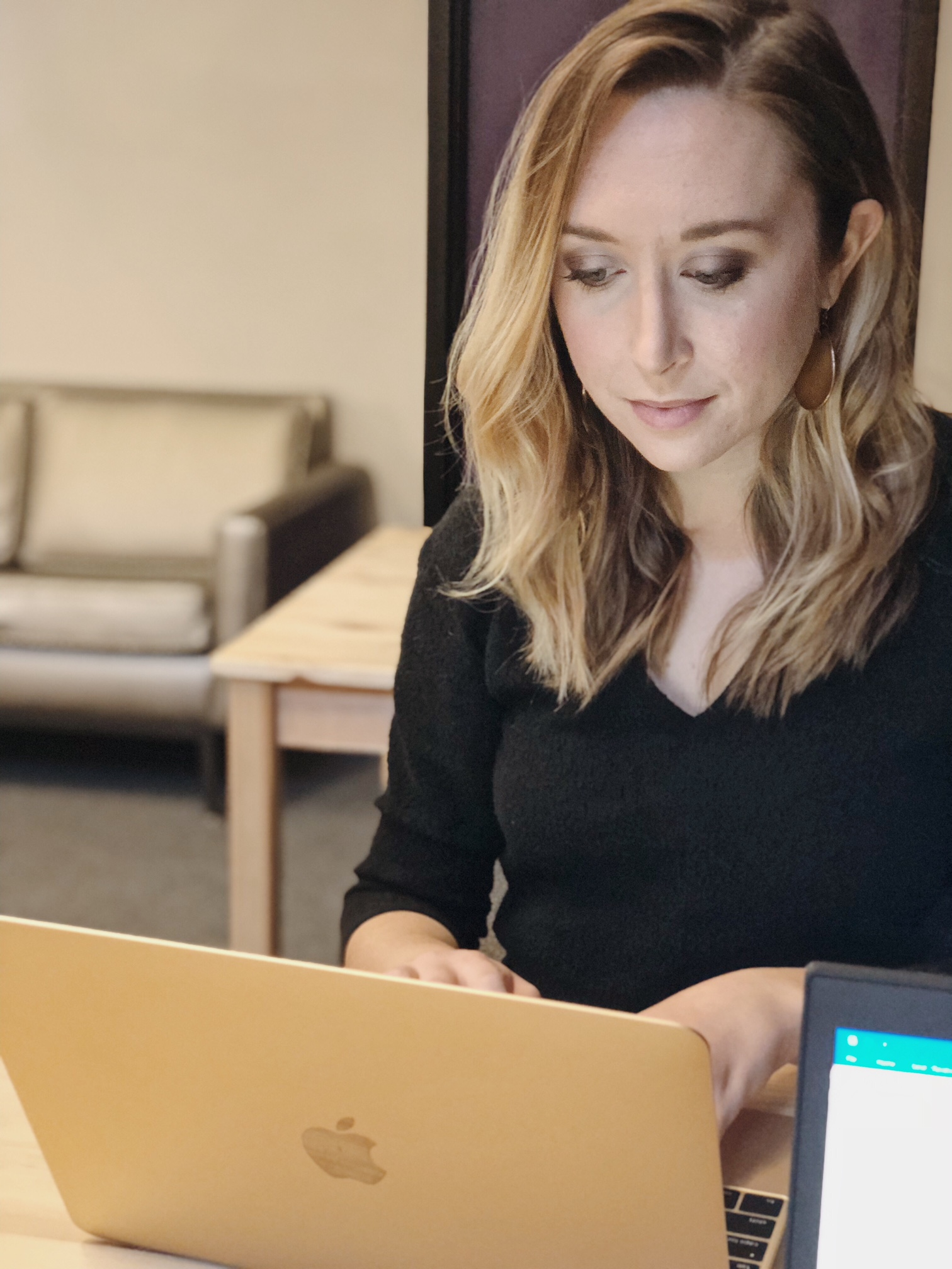3 Reasons Why A Coworking Space Might Boost Your Biz
