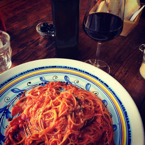 Learn to cook authentic Italian pomodoro pasta on my Tuscan food tour