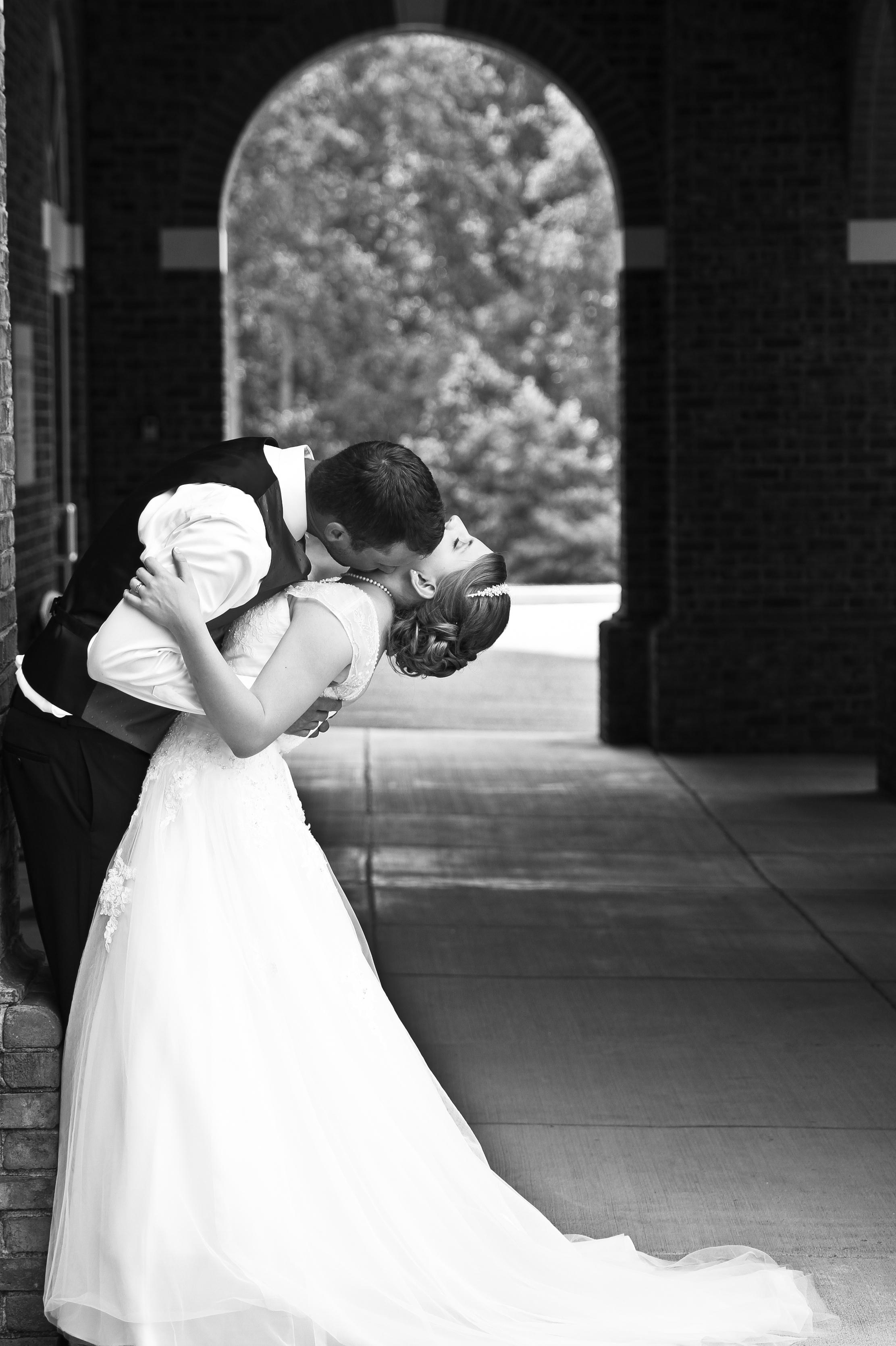 Jonathan_Elizabeth_Poole_Wedding_14June_ 599.jpg