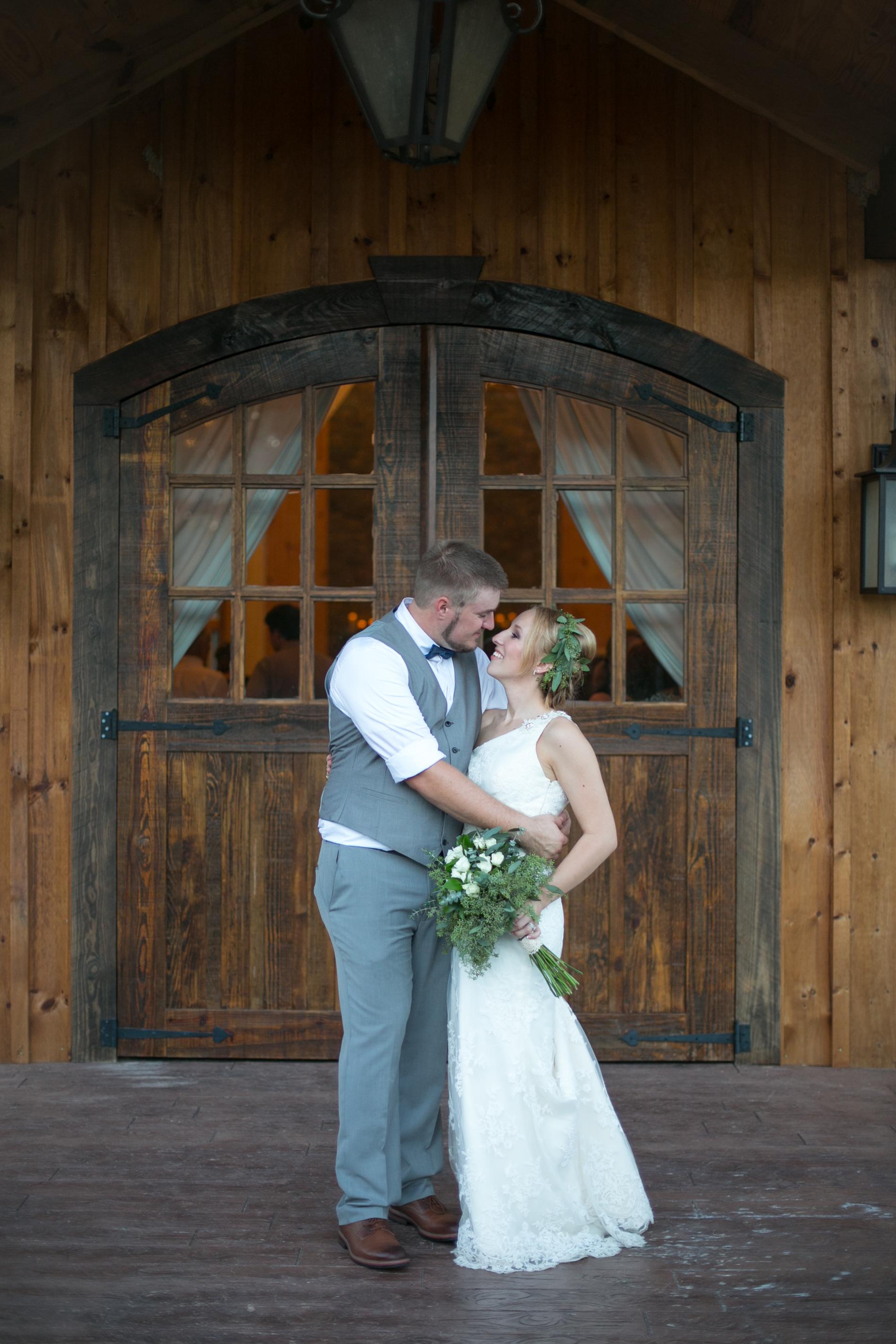 Luke_Sarah_Calaway_Wedding_12Aug17_1035.jpg
