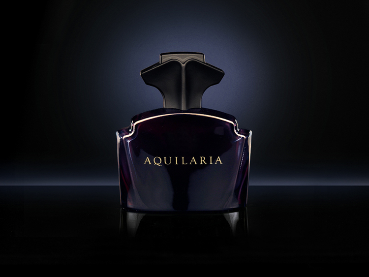 Aquilaria perfume bottle design