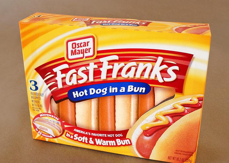 fast-franks-food-packaging-modern-package-design-california-lien-design.jpg
