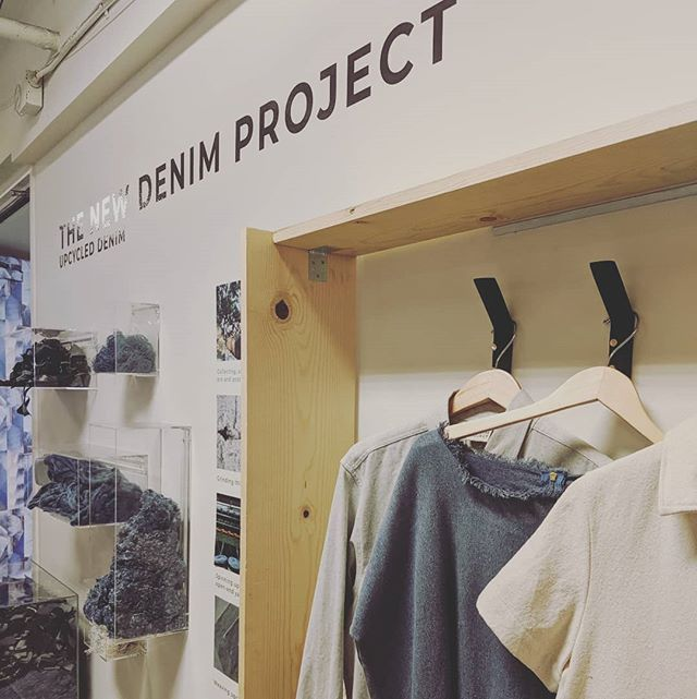 The New Denim Project @latextile show! TNDP is a Guatemalan company that has been using denim scraps for new textiles for two generations! Keeping it in the fam :) glad you were being represented in LA! @thenewdenimproject 🤘🥳✨🙌 @mayorofla how will LA handle our textile waste? @icospirit 🕺💃💃🏿🕺🏽 #losangeles  #fashion #ecofashion #alternative #sustainablefashion  #denim #scraps #guatemala #lafashion #wasteismore  #circulareconomy  @levis