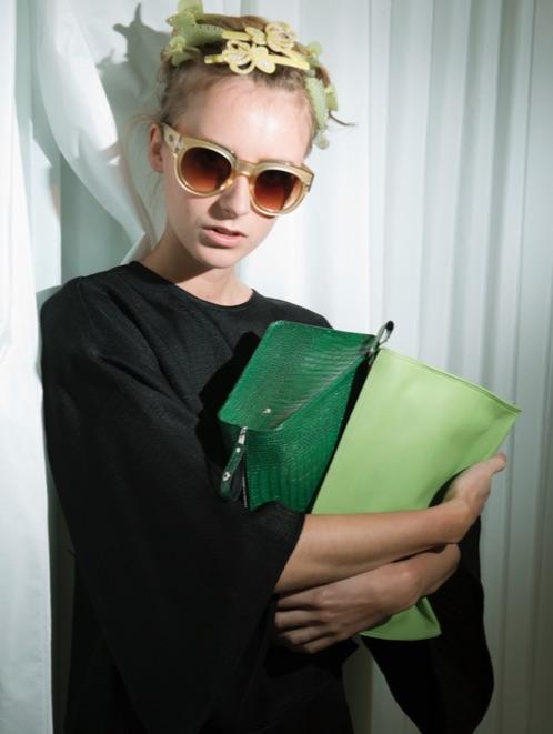 Foto: Hinda Fahre / Palookaville Styling: Pauline Naerholm Modell: Vaar / Heartbreak  Topp: Epilogue by Eva Emanuelsen Alt annet er fra Gimle Parfymeri