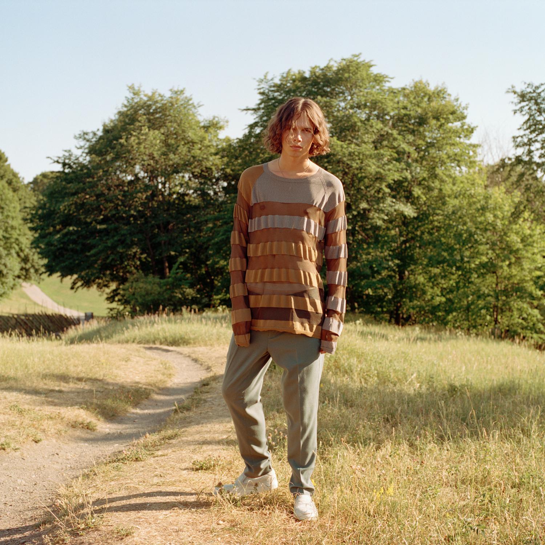 Gensar: Emporio Armani /MA Men's Vintage Depot Bukser: Samsøe Samsøe Sko: Diemme