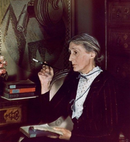 Photograph of Virginia Woolf by Gisele Freund