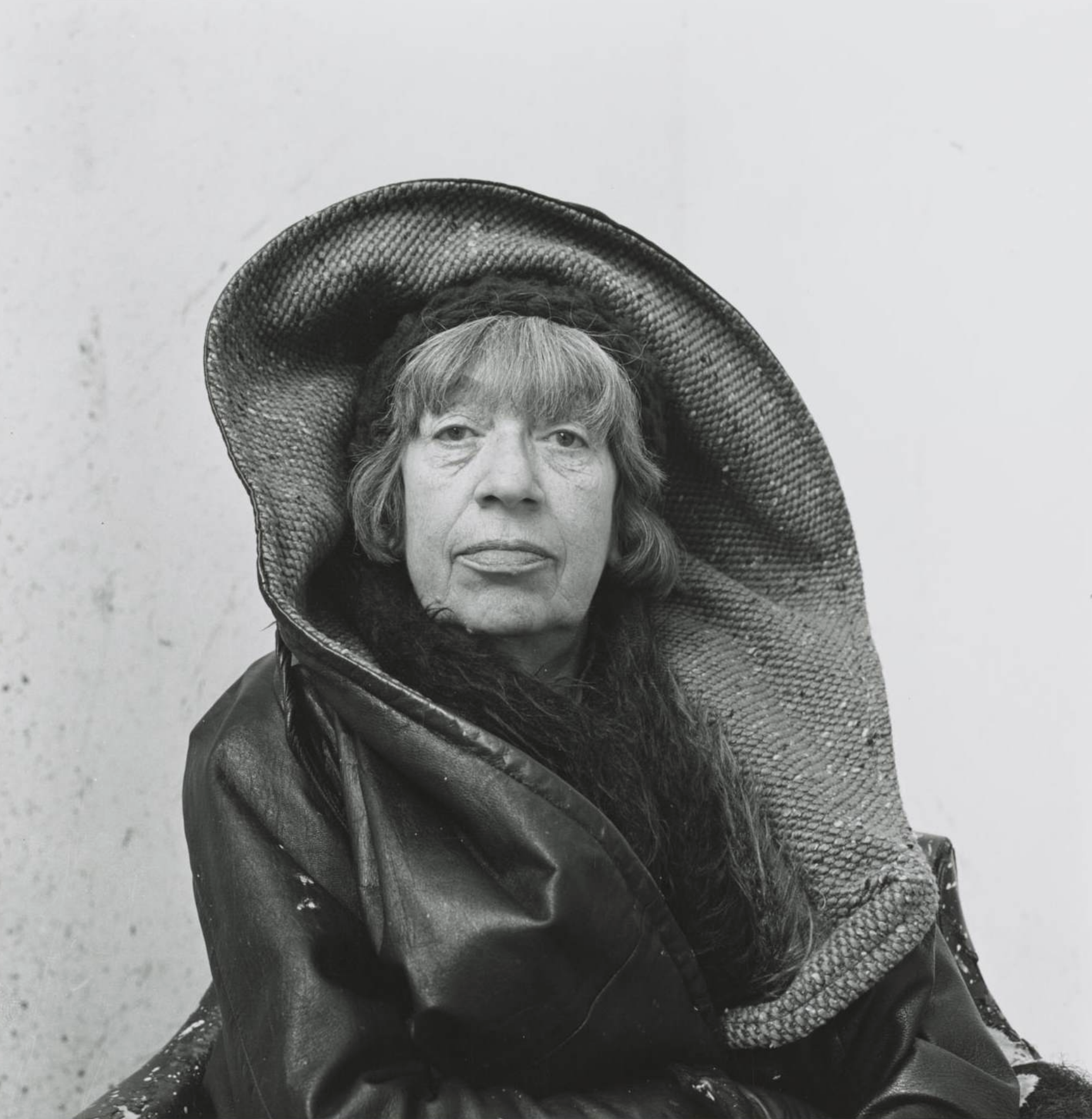 Lee Krasner shot by Irving Penn, Springs, New York, 1972. ©THE IRVING PENN FOUNDATION
