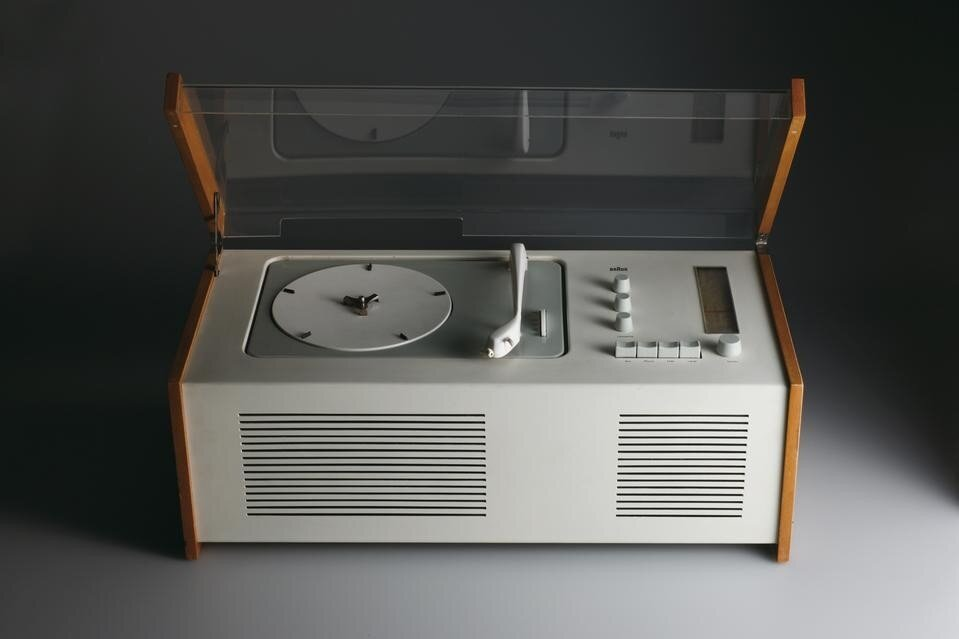 Dieter Rams ,  Hans Gugelot  Radio-Phonograph (model SK 4/10)1956