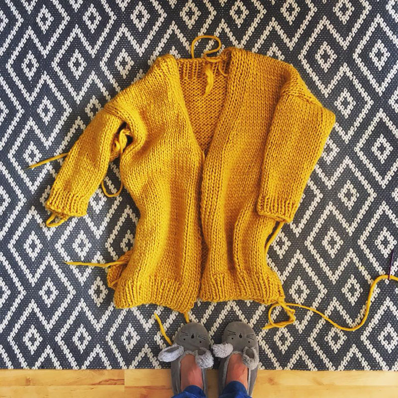 Amazing Mustard Cardigan made by Iza from  @Bela.Izka  (her feed is a total dream I highly recommend paying it a visit)
