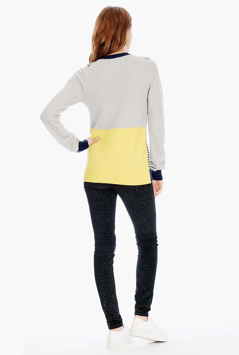 Colour block jumper.jpg
