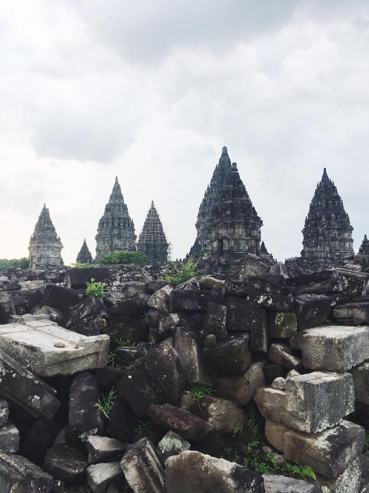 This is the Prambanan. Another UNESCO heritage site some distance from Borobudur.