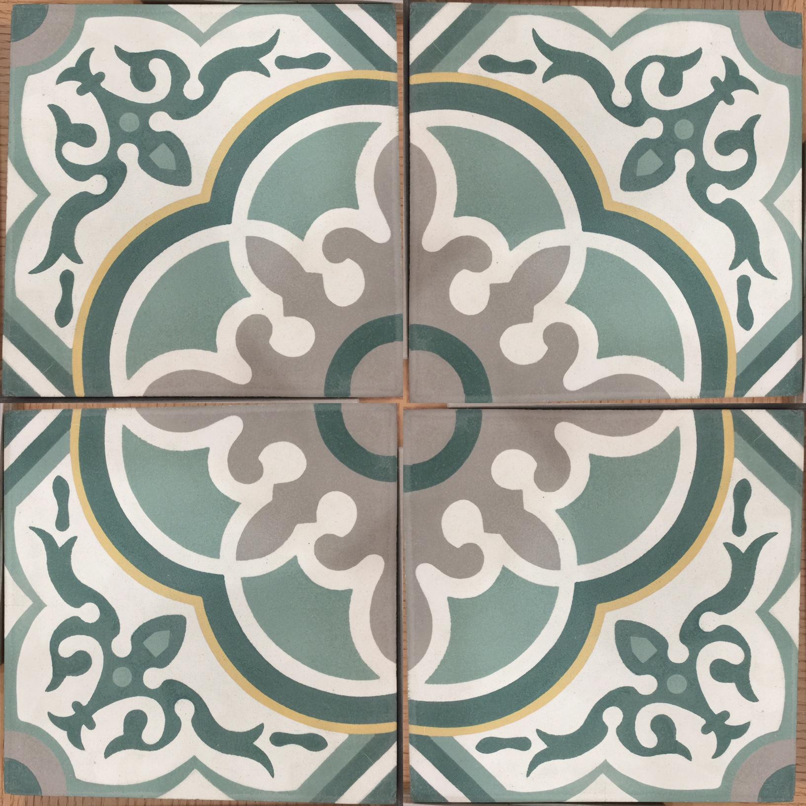 5 color 4 tile pattern
