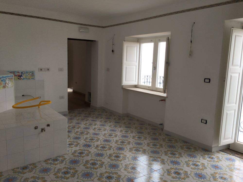 Dependance: kitchen will be on the left, passage to living room, kitchen balcony