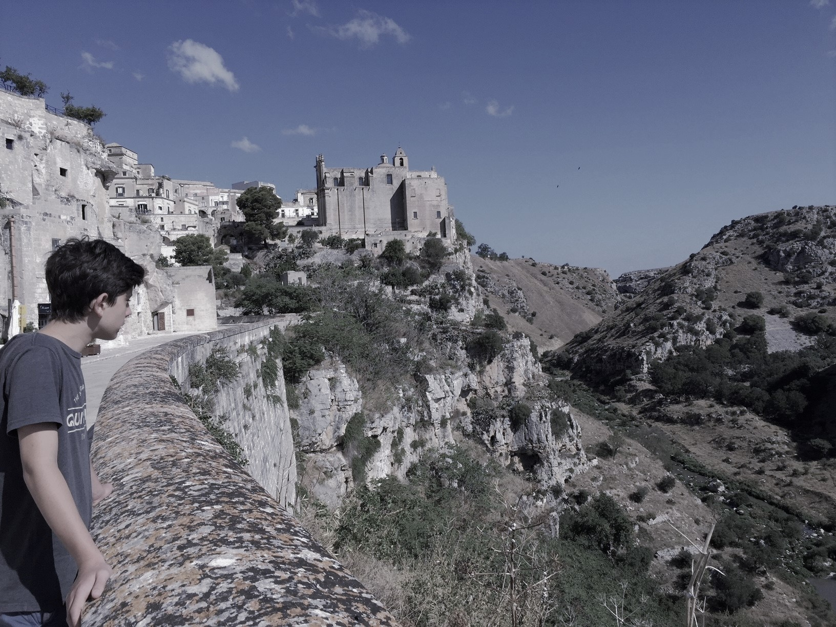 How about a day hiking in Matera!?