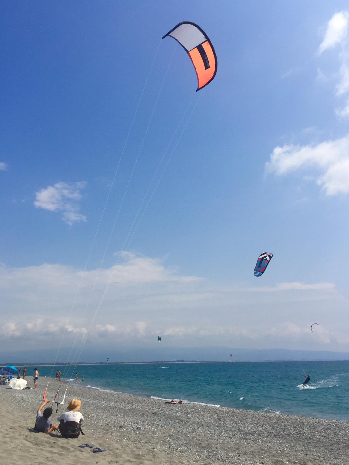 Learn Kitesurfing in Gizzeria (30 km from Pizzo)
