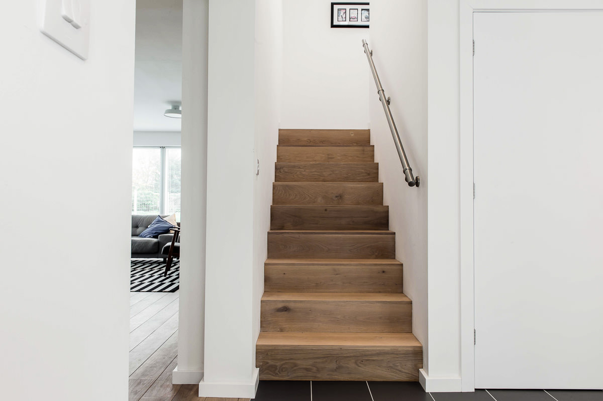 Modern House Build interior by JDW Building and Conservation24.jpg
