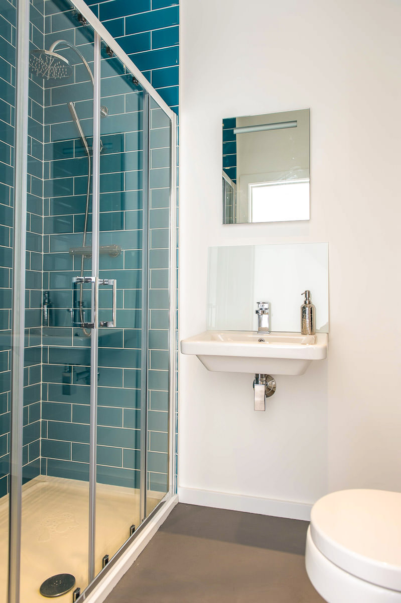 Modern House Build interior shower by JDW Building and conservation.jpg