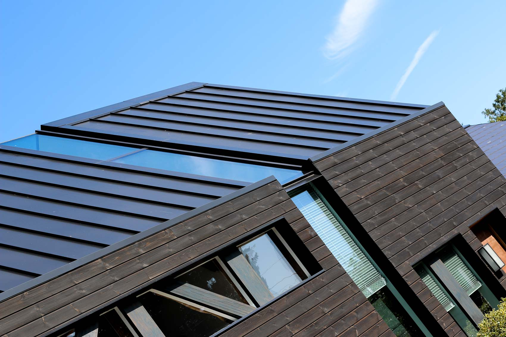 JDW Contemporary Building Internal LNB Web-4979.jpg