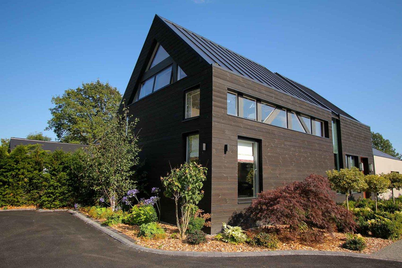 JDW+Contemporary+Building+External+LNB+Web-5006.jpg