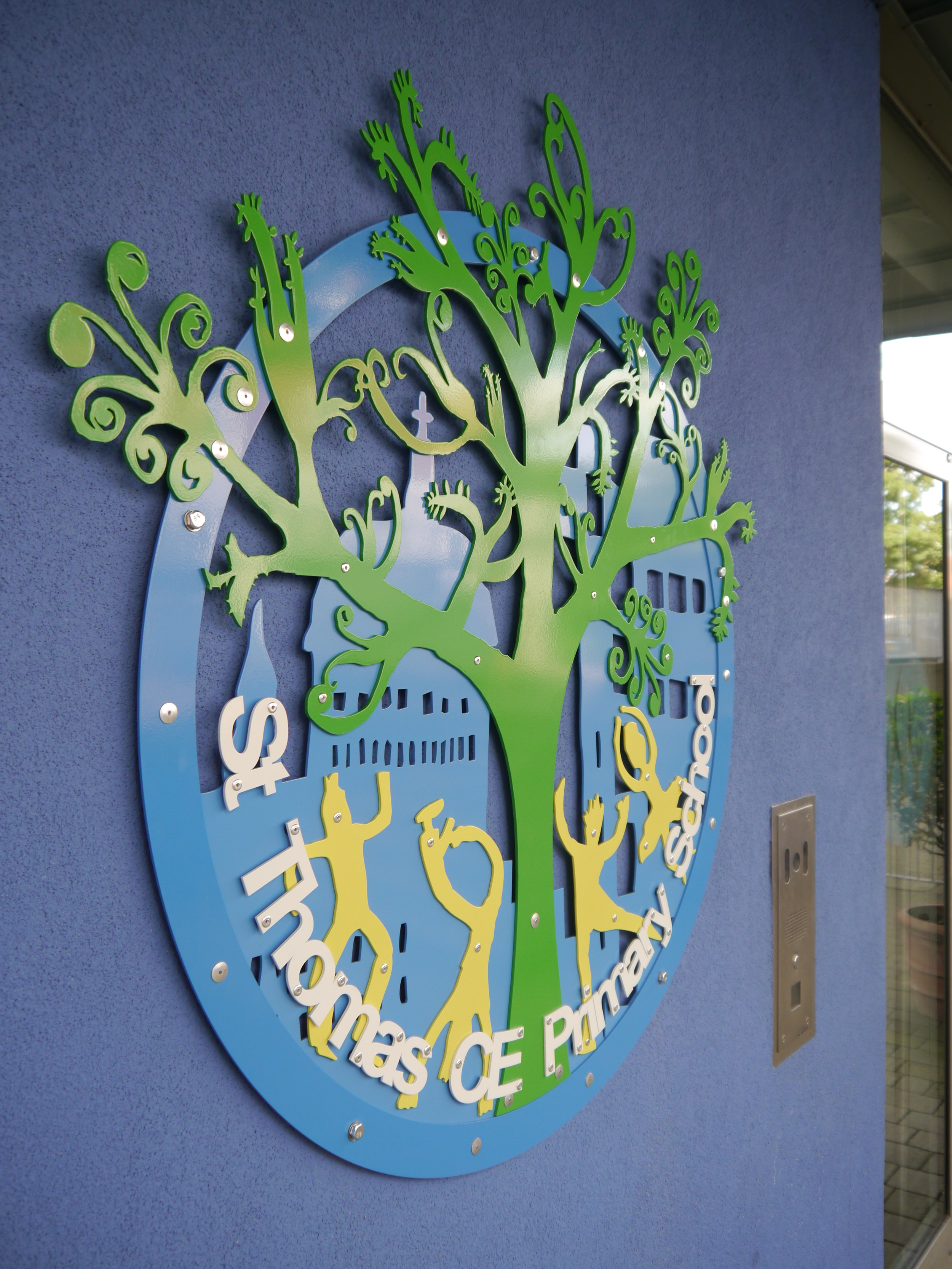 School tree sign