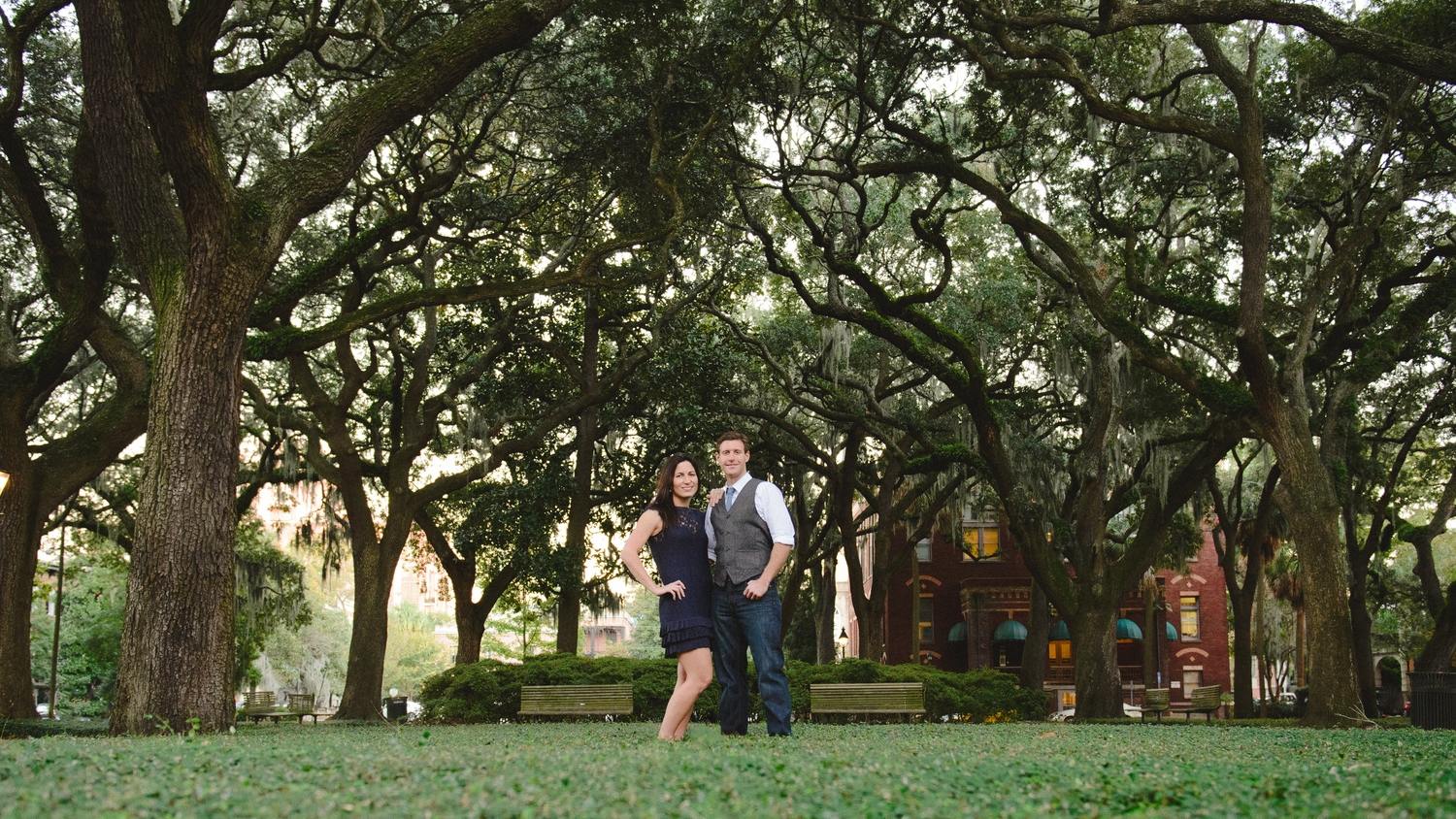 Savannah Engagement Photographer - Pulaski Square
