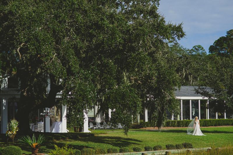Savannah Wedding Photographer | Savannah Yacht Club | Concept-A Photography | Kayla and Scott 17