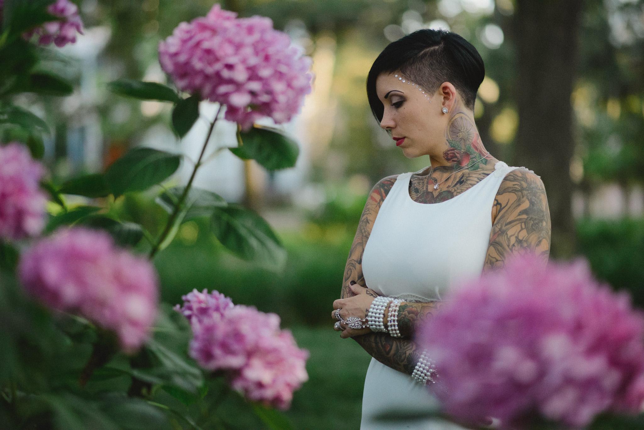Savannah Photographer   Bride with Flowers