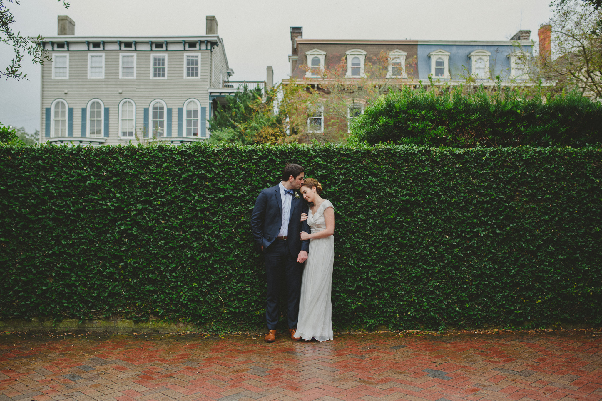 Savannah Elopement Photographer - Couple with ivy