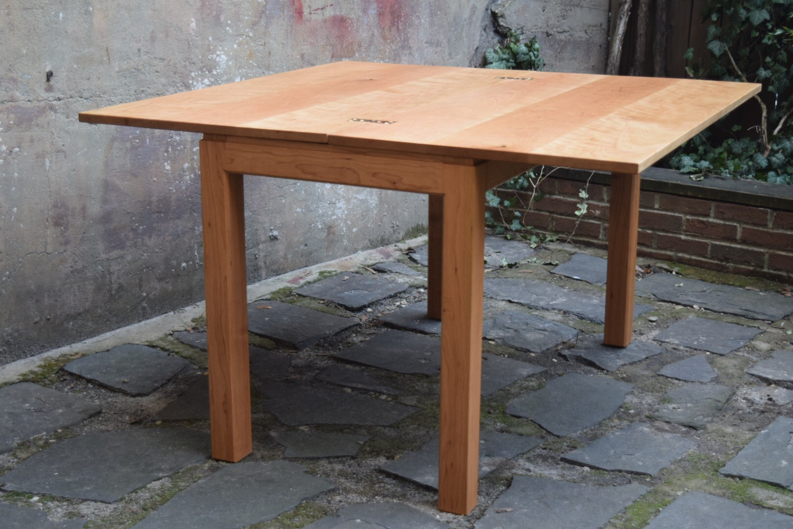 Cherry Flip-Top Table