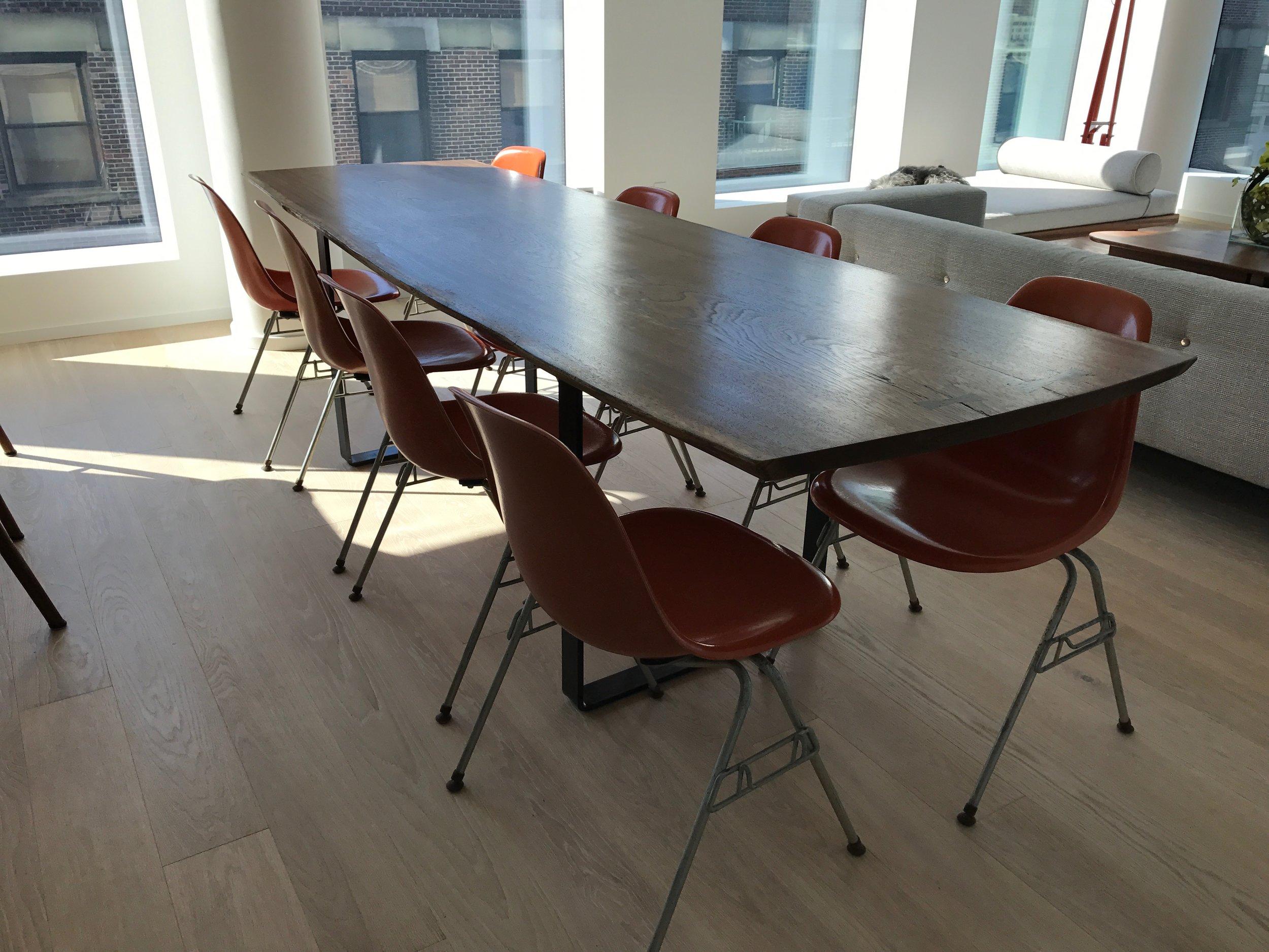 Darina Table