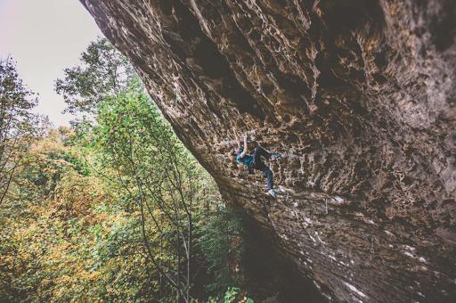 Colin Duffy climbing Southern Smoke 5.14c // Photo via  Kris Ugarizza
