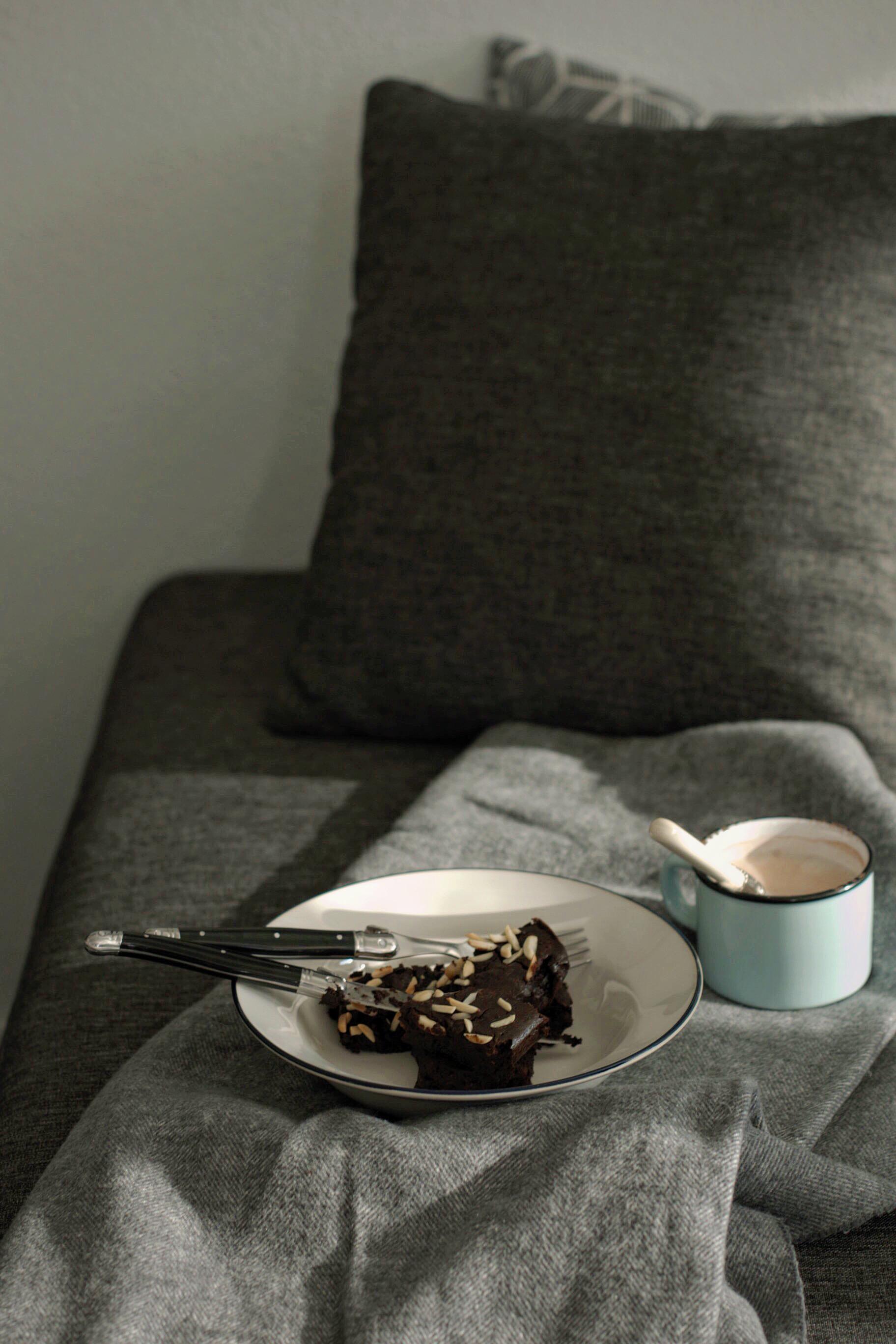 SHAREAT-Avocado Brownies