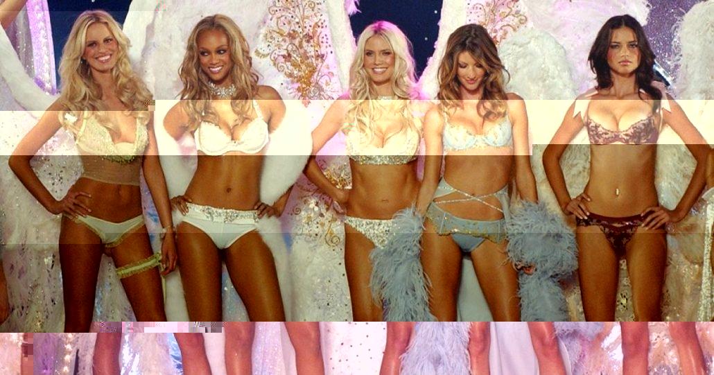 victoria-secret-fashion-show-2003-1030x541-glitched-11-13-2018-12-50-10-PM.png