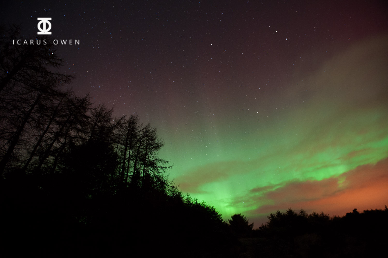 I  Image of aurora borealis - f2.8, 10 secs. ISO 1250