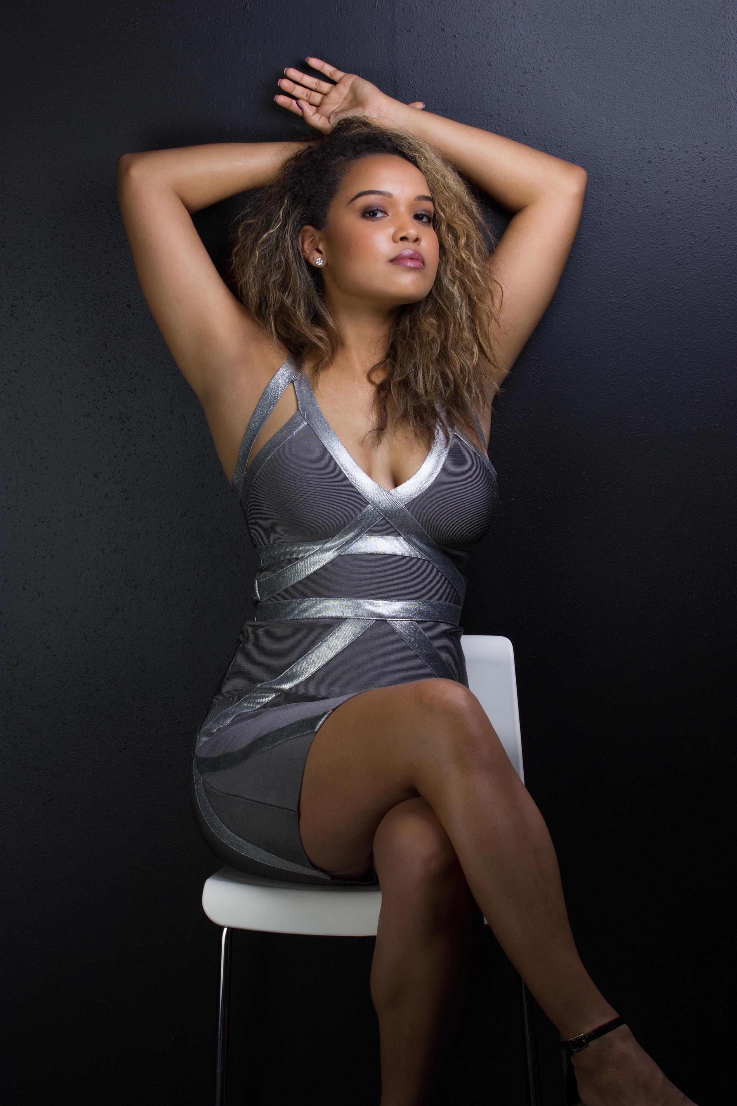 Jenn-Daniels-Chamber-Photography-Moments-Chamber-antoine-hart-9.jpg