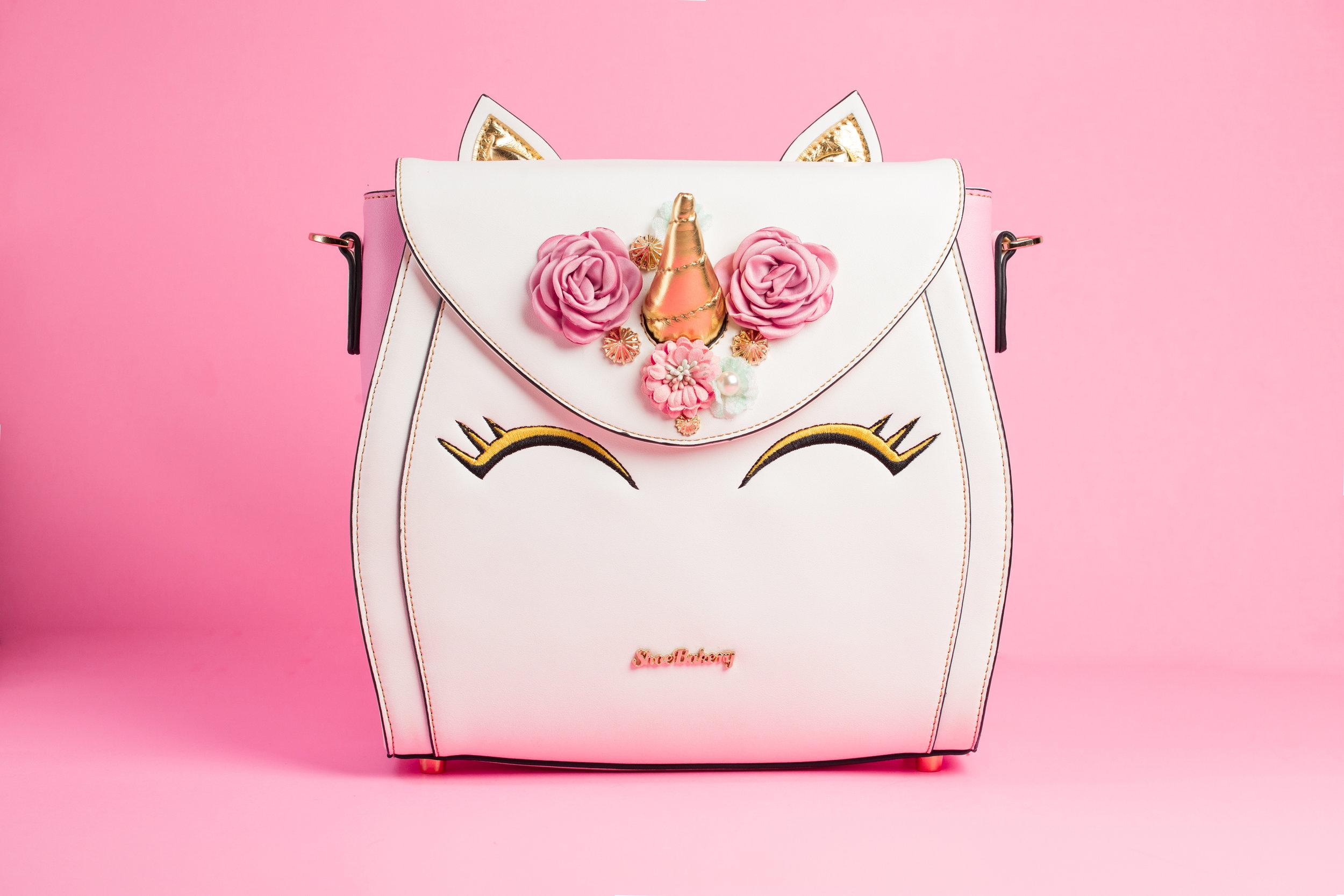 shoe-bakery-unicorn-cake-bag-chamber-photography-antoine-hart-3.jpg
