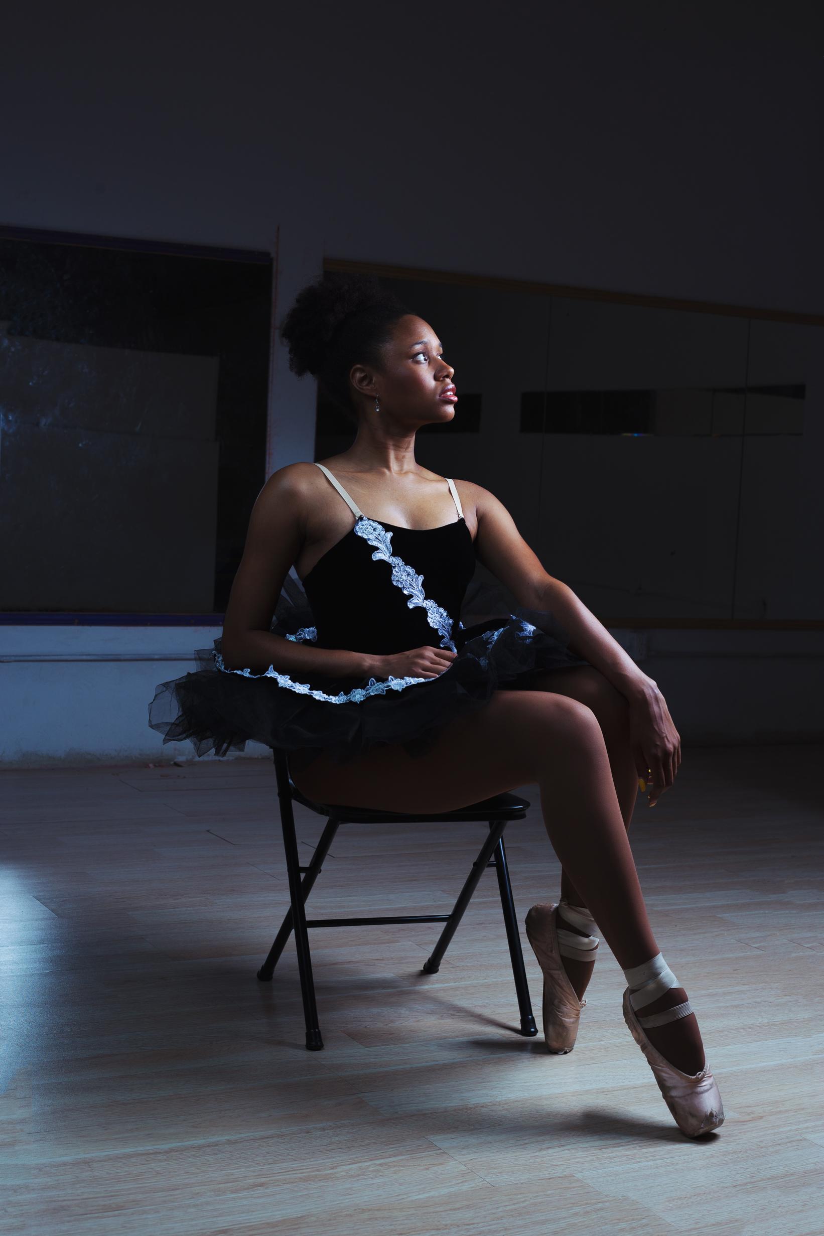 ballet-dancer-chamber-photographer-antoine-hart-3.jpg