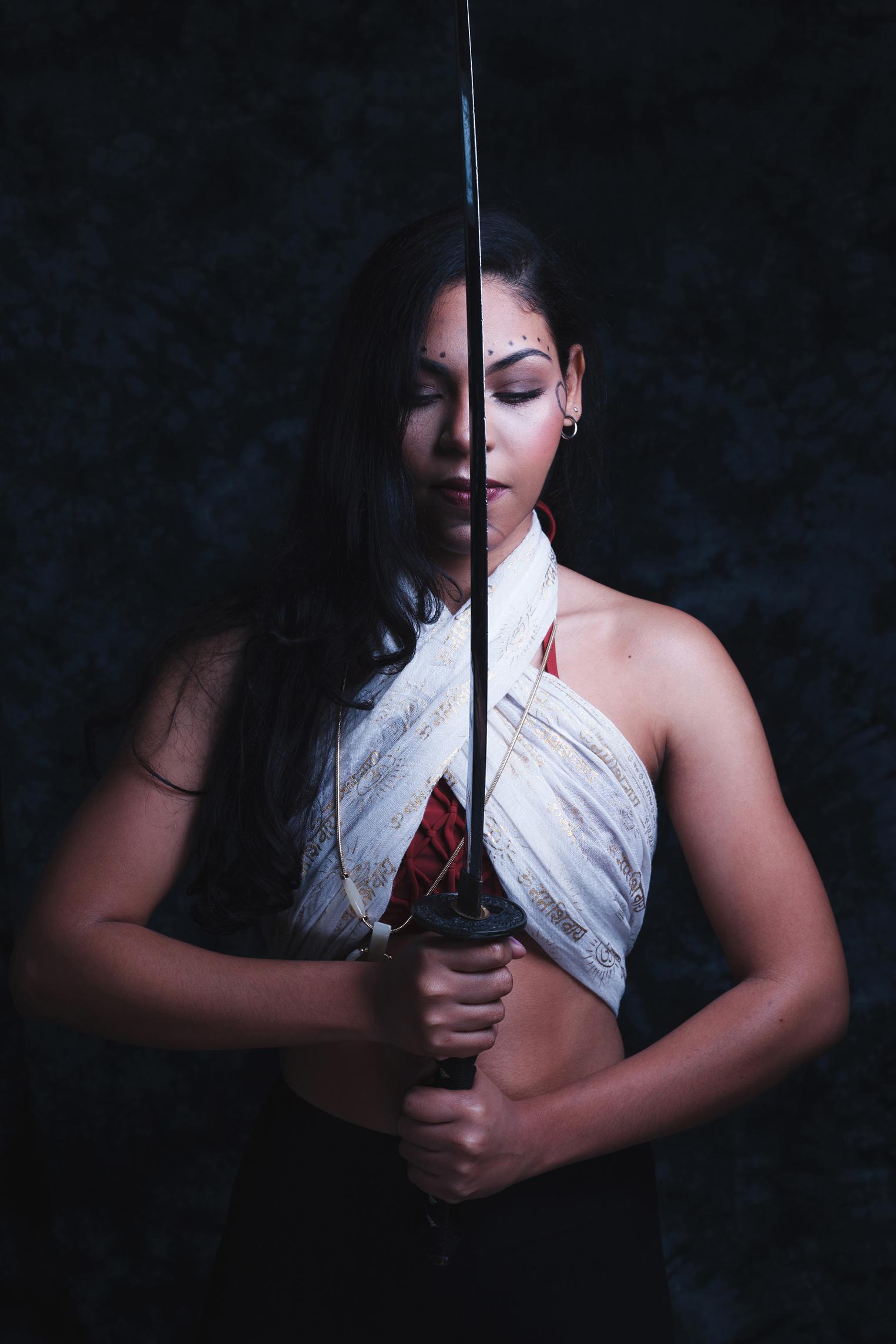 lady-warrior-with-katana.jpg