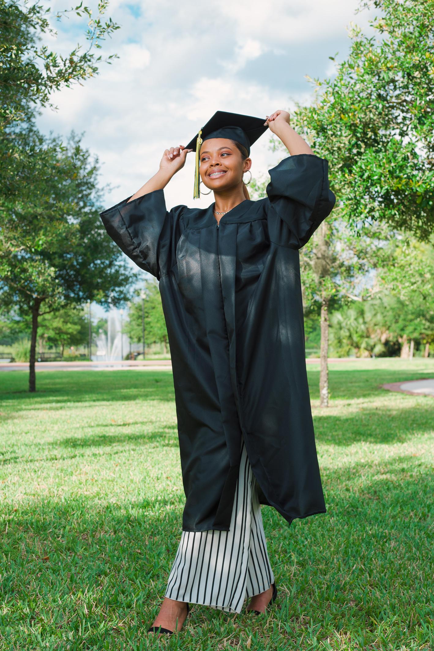 deltona-graduation-senior-photos-chamber-hart-photography.jpg