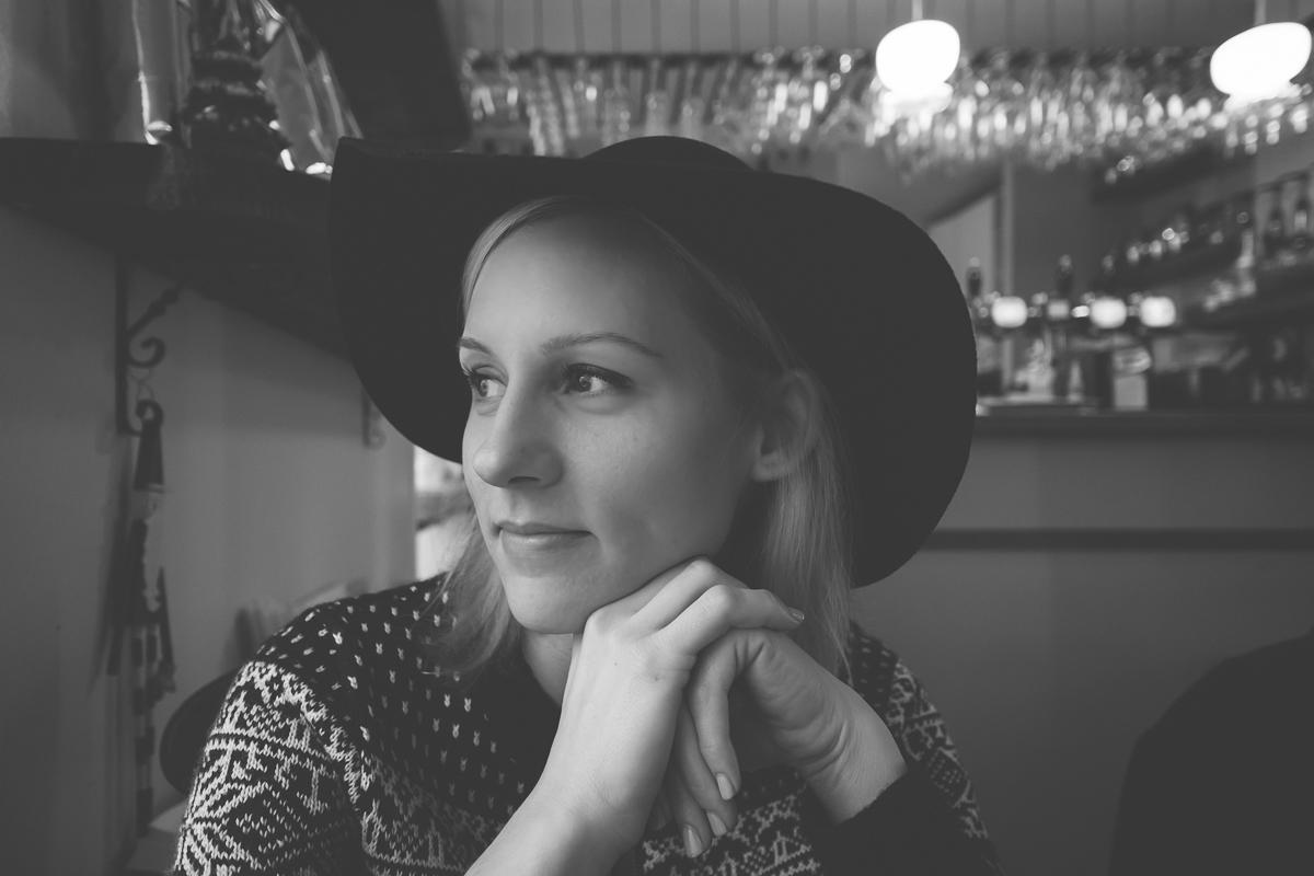 Courtney in Cafe B+W.jpg