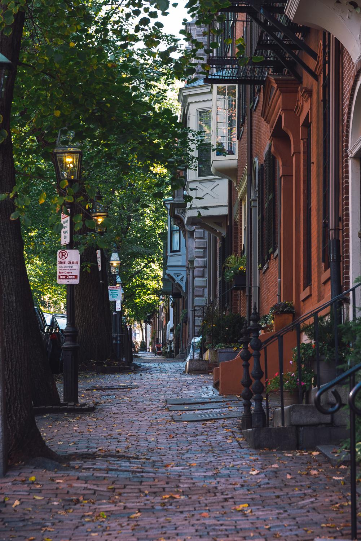Beacon Hill Sidewalk.jpg
