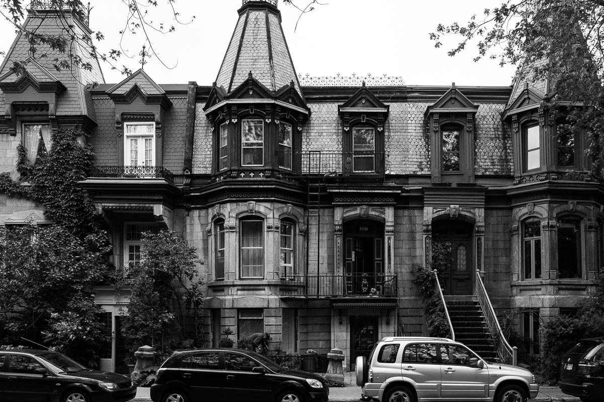 mont royal neighborhood.jpg