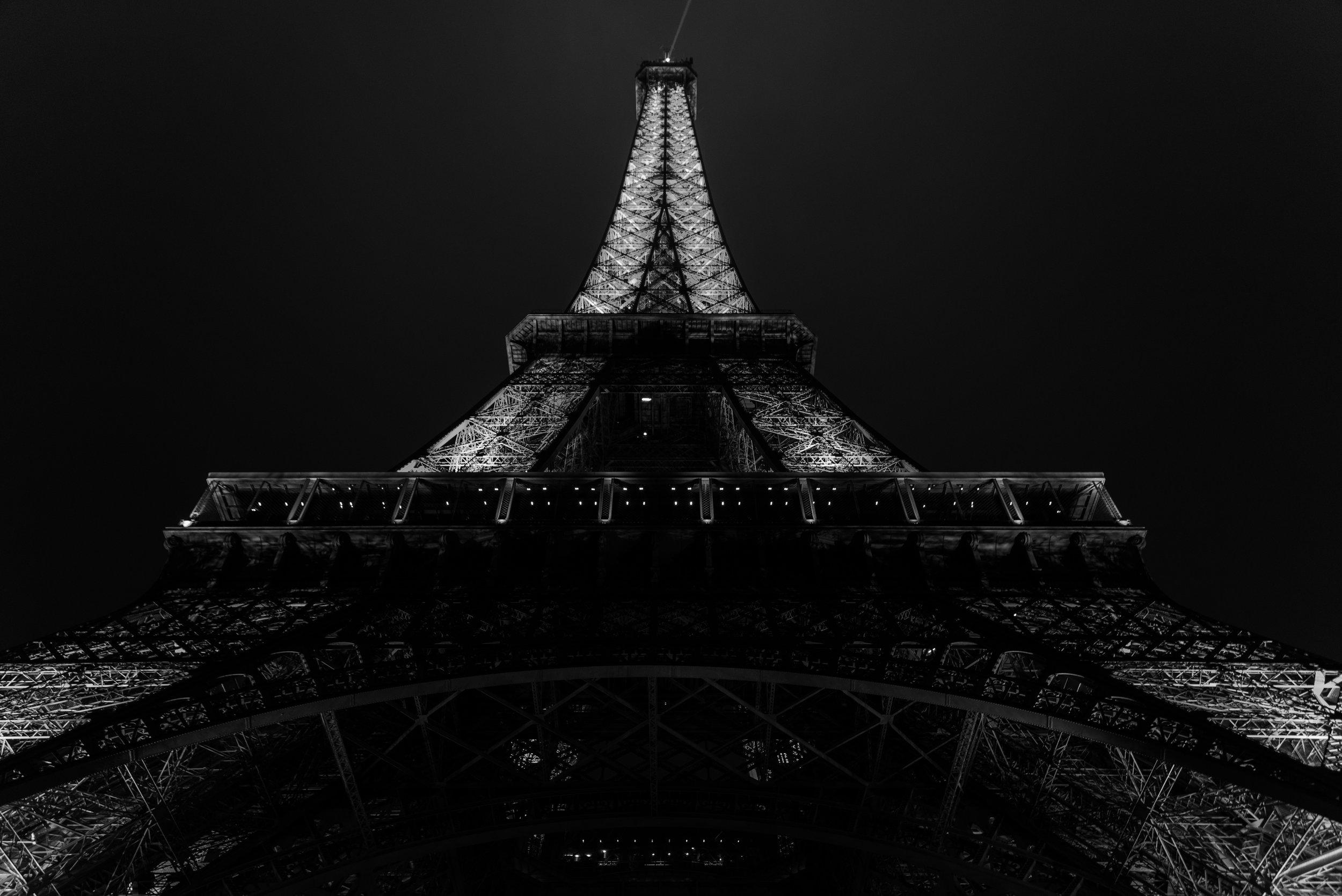 Eiffel Tower Landscape.jpg