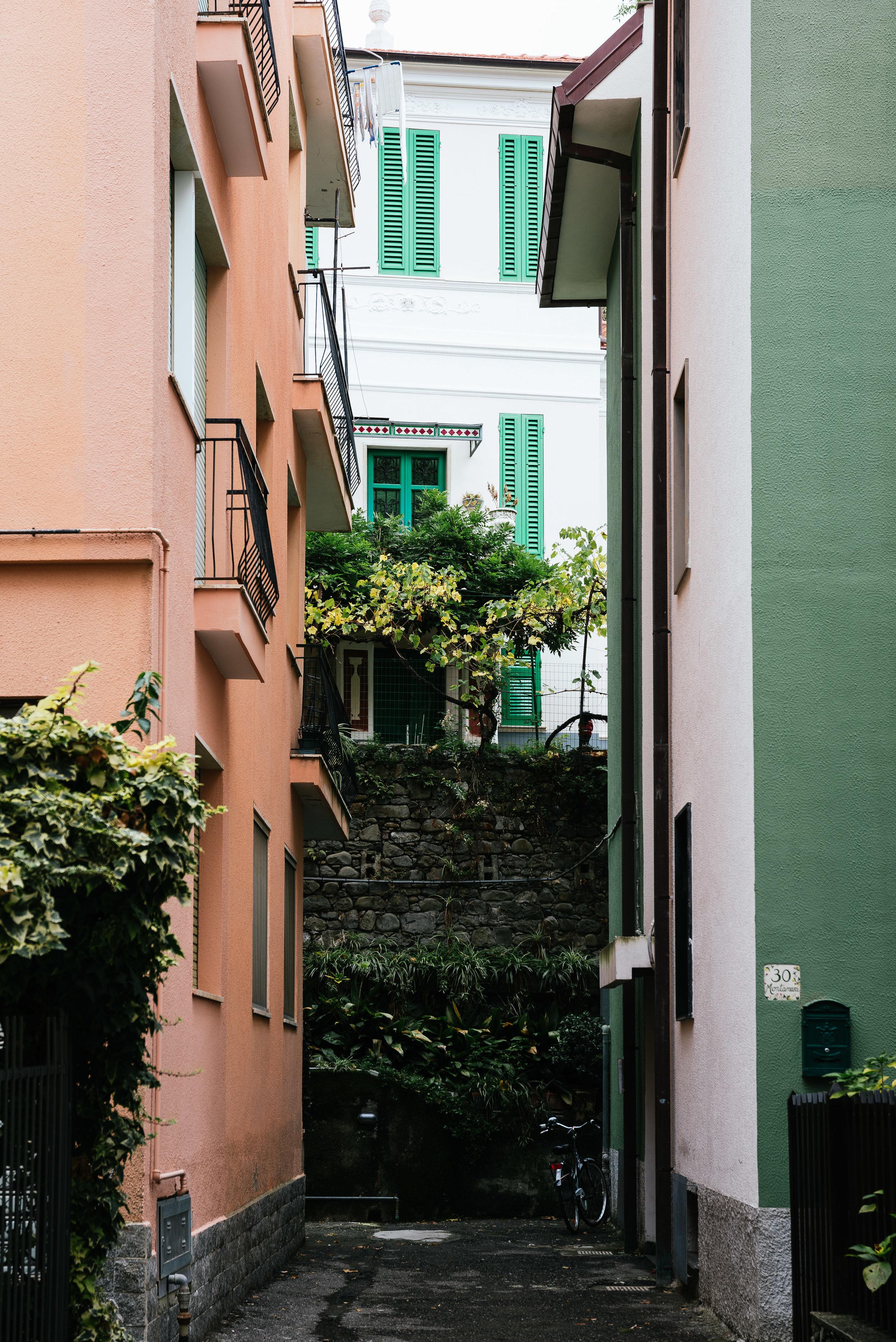 Vernazza Alleyway.jpg