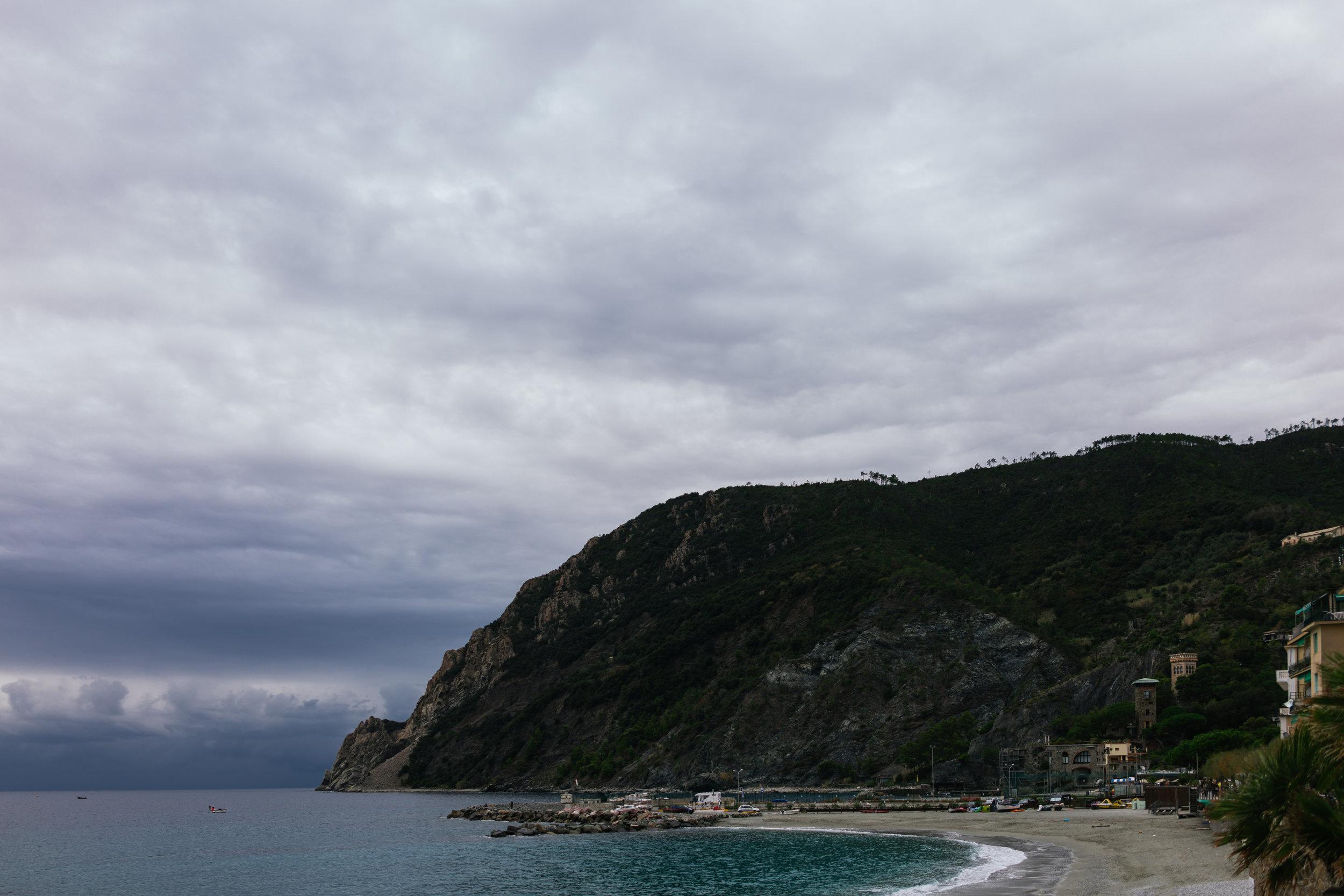 Monterosso Coastline.jpg